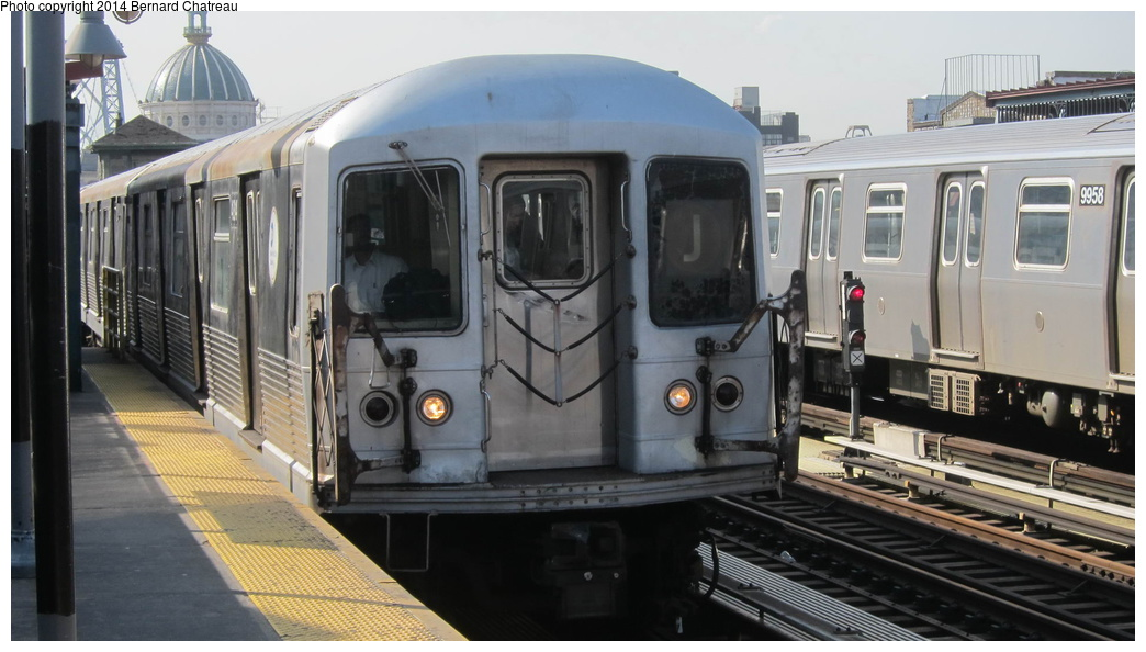 (232k, 1044x594)<br><b>Country:</b> United States<br><b>City:</b> New York<br><b>System:</b> New York City Transit<br><b>Line:</b> BMT Nassau Street/Jamaica Line<br><b>Location:</b> Marcy Avenue <br><b>Route:</b> J<br><b>Car:</b> R-42 (St. Louis, 1969-1970)  4814 <br><b>Photo by:</b> Bernard Chatreau<br><b>Date:</b> 4/11/2011<br><b>Viewed (this week/total):</b> 1 / 234