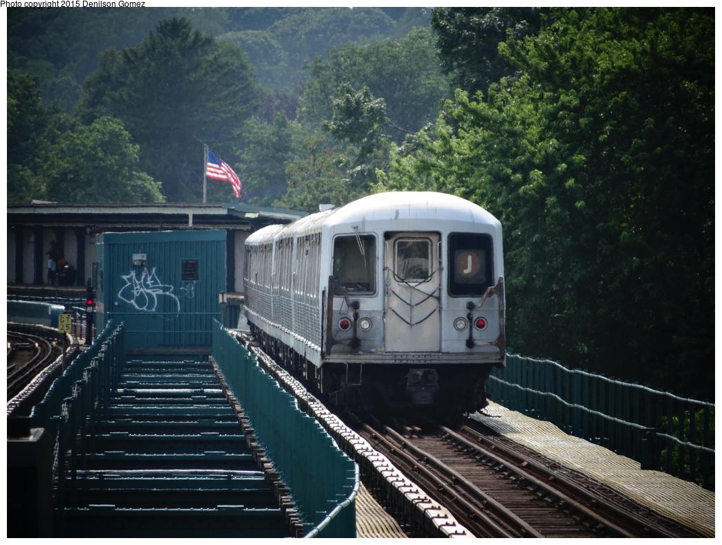 (376k, 1044x788)<br><b>Country:</b> United States<br><b>City:</b> New York<br><b>System:</b> New York City Transit<br><b>Line:</b> BMT Nassau Street/Jamaica Line<br><b>Location:</b> 75th Street/Elderts Lane <br><b>Route:</b> J<br><b>Car:</b> R-42 (St. Louis, 1969-1970)   <br><b>Photo by:</b> Denilson Gomez<br><b>Date:</b> 7/3/2014<br><b>Viewed (this week/total):</b> 1 / 728