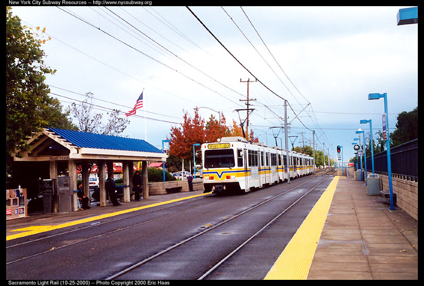 (152k, 824x557)<br><b>Country:</b> United States<br><b>City:</b> Sacramento, CA<br><b>System:</b> SACRT Light Rail<br><b>Location:</b> Watt/Manlove <br><b>Photo by:</b> Eric Haas<br><b>Date:</b> 10/25/2000<br><b>Viewed (this week/total):</b> 0 / 1435