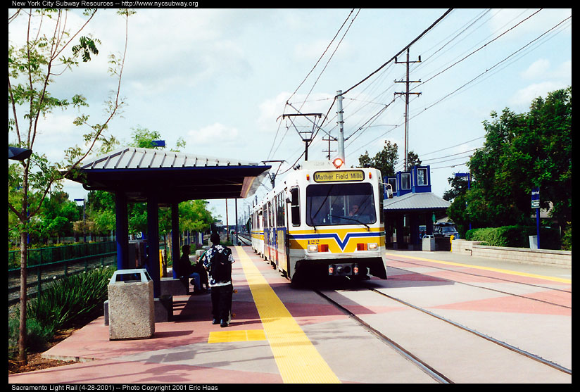 (160k, 824x557)<br><b>Country:</b> United States<br><b>City:</b> Sacramento, CA<br><b>System:</b> SACRT Light Rail<br><b>Location:</b> Butterfield <br><b>Car:</b> Sacramento Siemens LRV  122 <br><b>Photo by:</b> Eric Haas<br><b>Date:</b> 4/28/2001<br><b>Viewed (this week/total):</b> 1 / 1414
