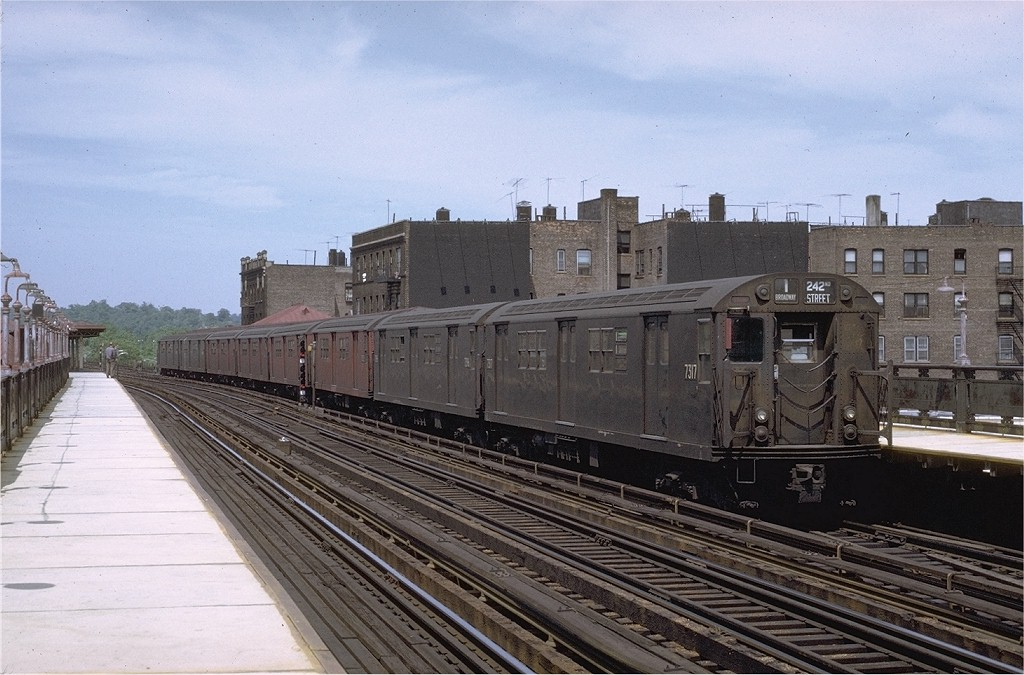 (199k, 1024x675)<br><b>Country:</b> United States<br><b>City:</b> New York<br><b>System:</b> New York City Transit<br><b>Line:</b> IRT West Side Line<br><b>Location:</b> 238th Street <br><b>Route:</b> 1<br><b>Car:</b> R-22 (St. Louis, 1957-58) 7317 <br><b>Photo by:</b> Joe Testagrose<br><b>Date:</b> 11/21/1970<br><b>Viewed (this week/total):</b> 0 / 2244