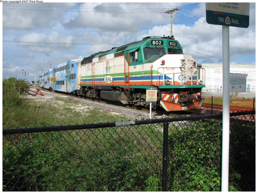 (326k, 1044x788)<br><b>Country:</b> United States<br><b>City:</b> Miami, FL<br><b>System:</b> Miami Tri-Rail<br><b>Location:</b> Metrorail Transfer (Metrorail, Amtrak) <br><b>Photo by:</b> Rick Ross<br><b>Date:</b> 1/1/2007<br><b>Viewed (this week/total):</b> 0 / 1597