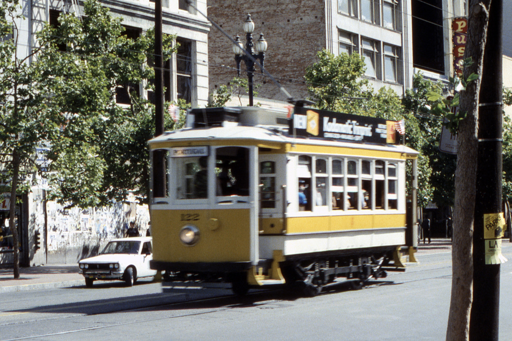 (521k, 1044x697)<br><b>Country:</b> United States<br><b>City:</b> San Francisco/Bay Area, CA<br><b>System:</b> SF MUNI<br><b>Location:</b> Market/6th/Taylor <br><b>Car:</b> Porto Tram 122 <br><b>Collection of:</b> David Pirmann<br><b>Date:</b> 7/1983<br><b>Viewed (this week/total):</b> 0 / 1813