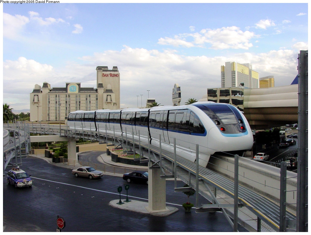 (199k, 1044x788)<br><b>Country:</b> United States<br><b>City:</b> Las Vegas, NV<br><b>System:</b> Las Vegas Monorail<br><b>Location:</b> MGM Grand <br><b>Photo by:</b> David Pirmann<br><b>Date:</b> 4/22/2005<br><b>Viewed (this week/total):</b> 1 / 2884