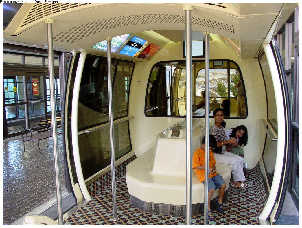 (293k, 1044x788)<br><b>Country:</b> United States<br><b>City:</b> Las Vegas, NV<br><b>System:</b> Monte Carlo / Bellagio Tram<br><b>Location:</b> Interior Monte Carlo/Bellagio Tram<br><b>Photo by:</b> David Pirmann<br><b>Date:</b> 4/23/2005<br><b>Viewed (this week/total):</b> 5 / 3938