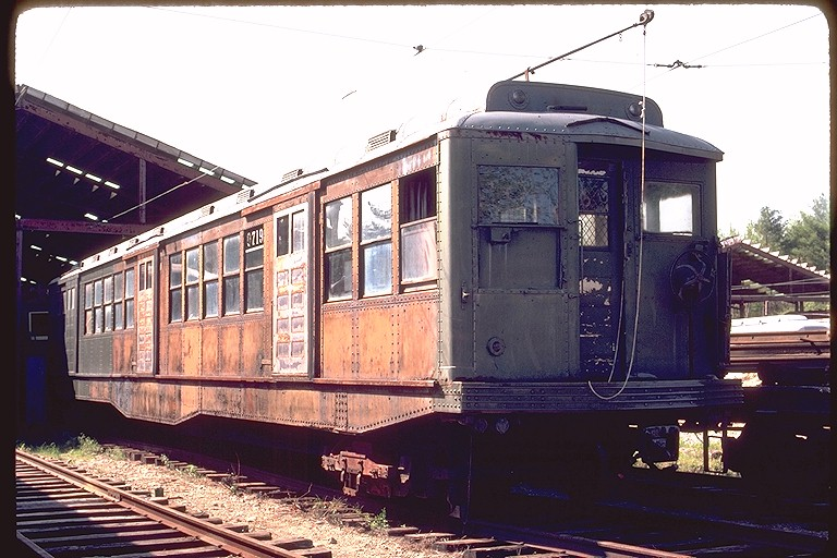 (127k, 768x512)<br><b>Country:</b> United States<br><b>City:</b> Kennebunk, ME<br><b>System:</b> Seashore Trolley Museum <br><b>Car:</b> MBTA 0700 Series Cambridge-Dorchester (Osgood-Bradley, 1927)  0719 <br><b>Photo by:</b> Gerald H. Landau<br><b>Collection of:</b> Joe Testagrose<br><b>Date:</b> 5/24/1981<br><b>Viewed (this week/total):</b> 0 / 1588