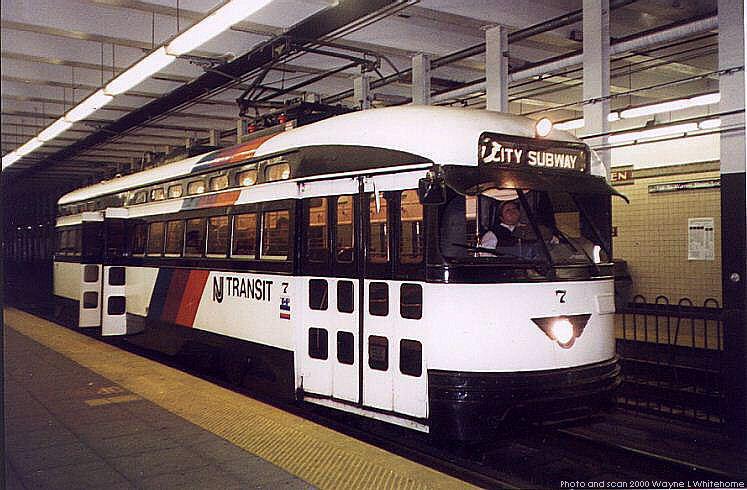 (81k, 747x490)<br><b>Country:</b> United States<br><b>City:</b> Newark, NJ<br><b>System:</b> Newark City Subway<br><b>Line:</b> 7-City Subway<br><b>Location:</b> Warren Street <br><b>Car:</b> NJTransit/PSCT PCC (Ex-Twin City) (St. Louis Car Co., 1946-1947) 7 <br><b>Photo by:</b> Wayne Whitehorne<br><b>Date:</b> 3/13/2000<br><b>Viewed (this week/total):</b> 3 / 3493