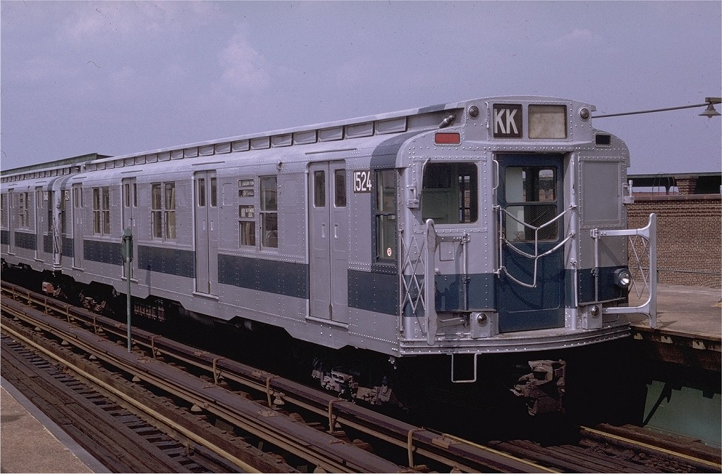 (214k, 1024x673)<br><b>Country:</b> United States<br><b>City:</b> New York<br><b>System:</b> New York City Transit<br><b>Line:</b> BMT Canarsie Line<br><b>Location:</b> Atlantic Avenue <br><b>Route:</b> L<br><b>Car:</b> R-7 (Pullman, 1937)  1524 <br><b>Photo by:</b> Doug Grotjahn<br><b>Collection of:</b> Joe Testagrose<br><b>Date:</b> 11/6/1976<br><b>Viewed (this week/total):</b> 1 / 2649