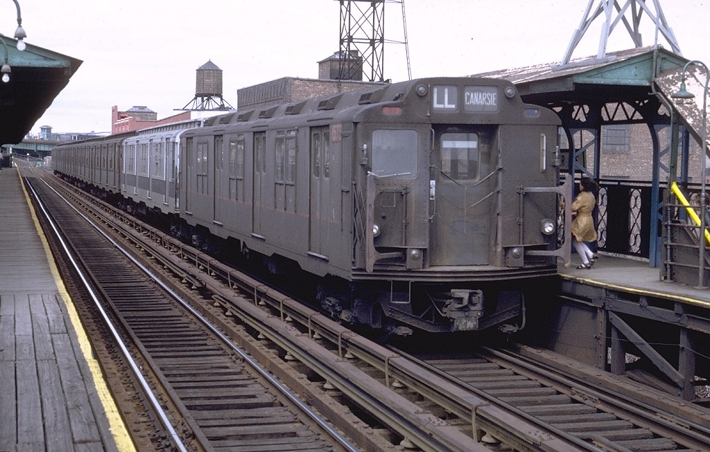 (208k, 1024x653)<br><b>Country:</b> United States<br><b>City:</b> New York<br><b>System:</b> New York City Transit<br><b>Line:</b> BMT Canarsie Line<br><b>Location:</b> Sutter Avenue <br><b>Route:</b> L<br><b>Car:</b> R-7A (Pullman, 1938)  1575 <br><b>Photo by:</b> Doug Grotjahn<br><b>Collection of:</b> Joe Testagrose<br><b>Date:</b> 4/10/1971<br><b>Notes:</b> R10 prototype<br><b>Viewed (this week/total):</b> 0 / 3049