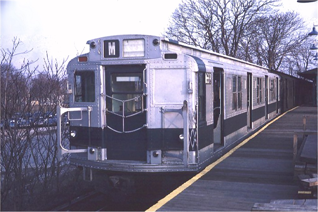 (186k, 1024x682)<br><b>Country:</b> United States<br><b>City:</b> New York<br><b>System:</b> New York City Transit<br><b>Line:</b> BMT Myrtle Avenue Line<br><b>Location:</b> Metropolitan Avenue <br><b>Route:</b> M<br><b>Car:</b> R-9 (American Car & Foundry, 1940)  1669 <br><b>Photo by:</b> Doug Grotjahn<br><b>Collection of:</b> Joe Testagrose<br><b>Date:</b> 12/2/1970<br><b>Viewed (this week/total):</b> 1 / 2858