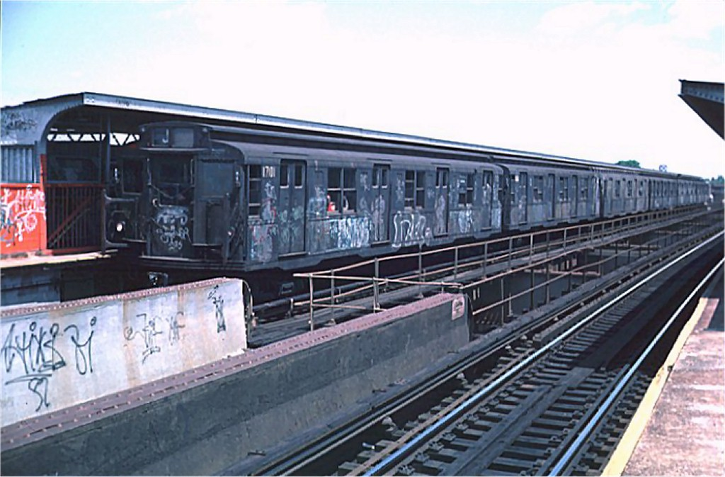 (164k, 1024x673)<br><b>Country:</b> United States<br><b>City:</b> New York<br><b>System:</b> New York City Transit<br><b>Line:</b> BMT Nassau Street/Jamaica Line<br><b>Location:</b> 102nd-104th Streets <br><b>Route:</b> J<br><b>Car:</b> R-9 (American Car & Foundry, 1940)  1701 <br><b>Photo by:</b> Doug Grotjahn<br><b>Collection of:</b> Joe Testagrose<br><b>Date:</b> 5/22/1976<br><b>Viewed (this week/total):</b> 1 / 4947