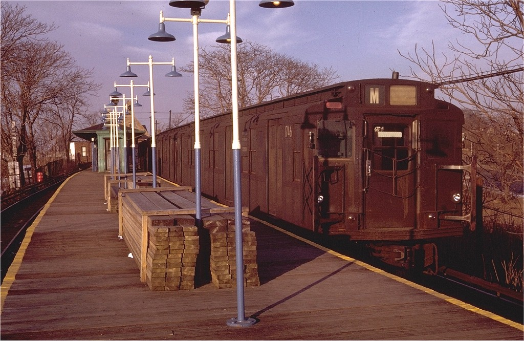 (234k, 1024x666)<br><b>Country:</b> United States<br><b>City:</b> New York<br><b>System:</b> New York City Transit<br><b>Line:</b> BMT Myrtle Avenue Line<br><b>Location:</b> Metropolitan Avenue <br><b>Route:</b> M<br><b>Car:</b> R-9 (Pressed Steel, 1940)  1746 <br><b>Photo by:</b> Doug Grotjahn<br><b>Collection of:</b> Joe Testagrose<br><b>Date:</b> 1/30/1971<br><b>Viewed (this week/total):</b> 6 / 2780