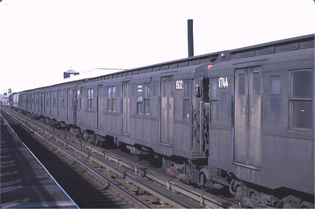 (120k, 1024x681)<br><b>Country:</b> United States<br><b>City:</b> New York<br><b>System:</b> New York City Transit<br><b>Line:</b> BMT Canarsie Line<br><b>Location:</b> Livonia Avenue <br><b>Route:</b> L<br><b>Car:</b> R-9 (Pressed Steel, 1940)  1802 <br><b>Collection of:</b> Joe Testagrose<br><b>Date:</b> 11/26/1970<br><b>Viewed (this week/total):</b> 0 / 2099