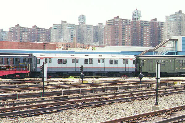 (149k, 600x400)<br><b>Country:</b> United States<br><b>City:</b> New York<br><b>System:</b> New York City Transit<br><b>Location:</b> Coney Island Yard-Museum Yard<br><b>Car:</b> R-10 (American Car & Foundry, 1948) 3184 <br><b>Photo by:</b> Sidney Keyles<br><b>Date:</b> 5/22/1999<br><b>Viewed (this week/total):</b> 0 / 2526