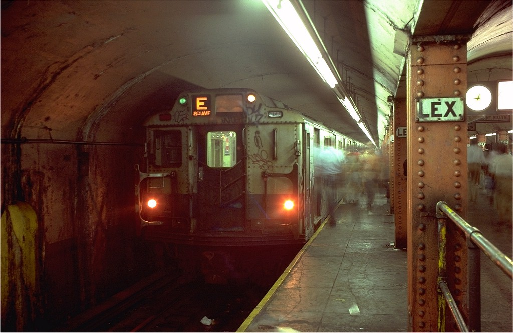 (169k, 1024x666)<br><b>Country:</b> United States<br><b>City:</b> New York<br><b>System:</b> New York City Transit<br><b>Line:</b> IND Queens Boulevard Line<br><b>Location:</b> Lexington Avenue-53rd Street <br><b>Route:</b> E<br><b>Car:</b> R-10 (American Car & Foundry, 1948) 3247 <br><b>Photo by:</b> Doug Grotjahn<br><b>Collection of:</b> Joe Testagrose<br><b>Date:</b> 8/14/1980<br><b>Viewed (this week/total):</b> 0 / 6628