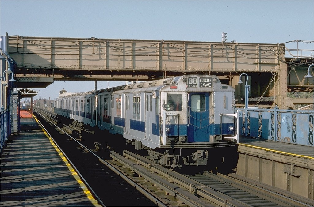 (221k, 1024x676)<br><b>Country:</b> United States<br><b>City:</b> New York<br><b>System:</b> New York City Transit<br><b>Line:</b> BMT Canarsie Line<br><b>Location:</b> Livonia Avenue <br><b>Route:</b> Fan Trip<br><b>Car:</b> R-10 (American Car & Foundry, 1948) 3298 <br><b>Photo by:</b> Doug Grotjahn<br><b>Collection of:</b> Joe Testagrose<br><b>Date:</b> 10/23/1976<br><b>Viewed (this week/total):</b> 15 / 3351