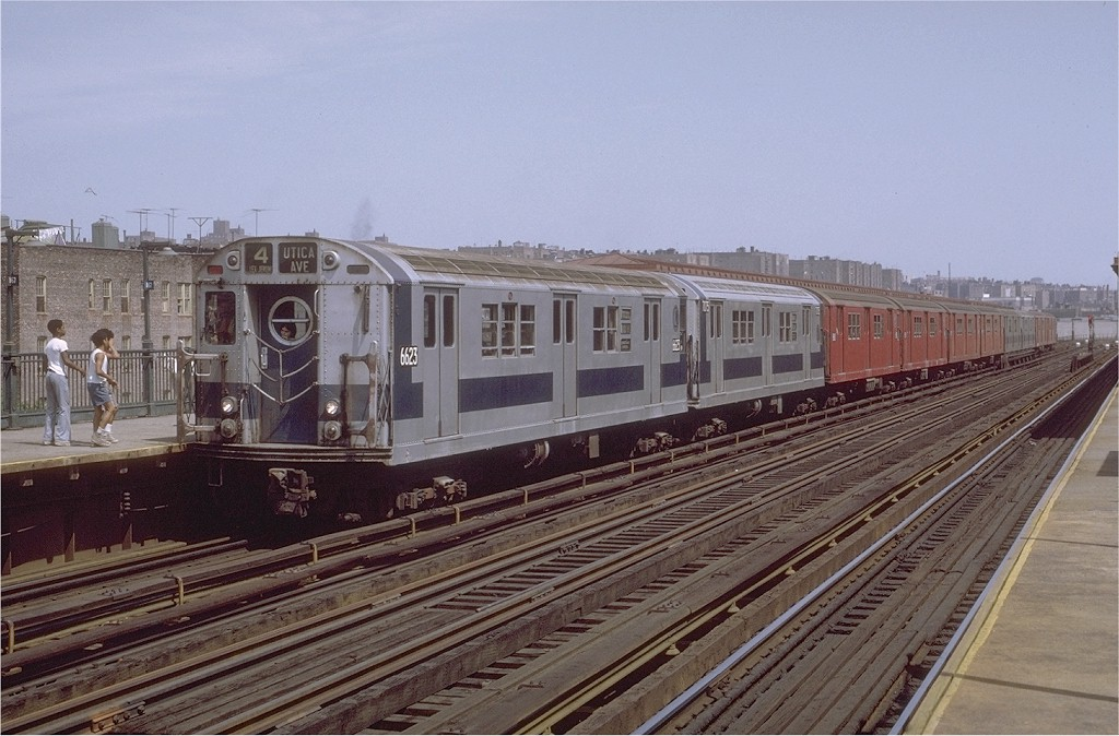 (198k, 1024x674)<br><b>Country:</b> United States<br><b>City:</b> New York<br><b>System:</b> New York City Transit<br><b>Line:</b> IRT Woodlawn Line<br><b>Location:</b> 167th Street <br><b>Route:</b> 4<br><b>Car:</b> R-17 (St. Louis, 1955-56) 6623 <br><b>Photo by:</b> Joe Testagrose<br><b>Date:</b> 8/7/1971<br><b>Viewed (this week/total):</b> 2 / 1651