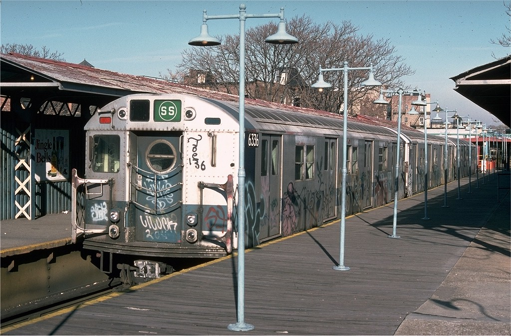 (258k, 1024x673)<br><b>Country:</b> United States<br><b>City:</b> New York<br><b>System:</b> New York City Transit<br><b>Line:</b> BMT Franklin<br><b>Location:</b> Franklin Avenue <br><b>Route:</b> Franklin Shuttle<br><b>Car:</b> R-16 (American Car & Foundry, 1955) 6336 <br><b>Photo by:</b> Joe Testagrose<br><b>Date:</b> 12/19/1976<br><b>Viewed (this week/total):</b> 8 / 4058