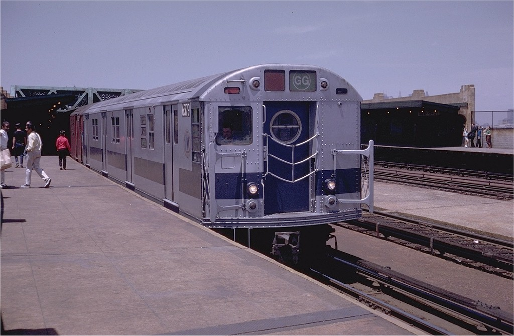 (180k, 1024x669)<br><b>Country:</b> United States<br><b>City:</b> New York<br><b>System:</b> New York City Transit<br><b>Line:</b> IND Crosstown Line<br><b>Location:</b> Smith/9th Street <br><b>Route:</b> GG<br><b>Car:</b> R-16 (American Car & Foundry, 1955) 6379 <br><b>Photo by:</b> Doug Grotjahn<br><b>Collection of:</b> Joe Testagrose<br><b>Date:</b> 6/13/1970<br><b>Viewed (this week/total):</b> 0 / 3526