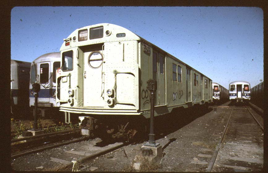 (83k, 867x561)<br><b>Country:</b> United States<br><b>City:</b> New York<br><b>System:</b> New York City Transit<br><b>Location:</b> Coney Island Yard-Museum Yard<br><b>Car:</b> R-16 (American Car & Foundry, 1955) 6398 <br><b>Photo by:</b> Harold<br><b>Date:</b> 2000<br><b>Viewed (this week/total):</b> 2 / 3436