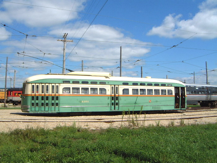 (112k, 700x525)<br><b>Country:</b> United States<br><b>City:</b> Union, IL<br><b>System:</b> Illinois Railway Museum <br><b>Car:</b> PCC  4391 <br><b>Photo by:</b> Bob Vogel<br><b>Date:</b> 9/1/2001<br><b>Viewed (this week/total):</b> 6 / 12270