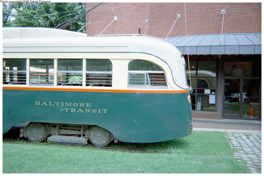 (280k, 1044x697)<br><b>Country:</b> United States<br><b>City:</b> Baltimore, MD<br><b>System:</b> Baltimore Streetcar Museum <br><b>Car:</b> PCC 7407 <br><b>Photo by:</b> David Pirmann<br><b>Date:</b> 8/10/1996<br><b>Notes:</b> BTC PCC 7407 left rear<br><b>Viewed (this week/total):</b> 6 / 1501