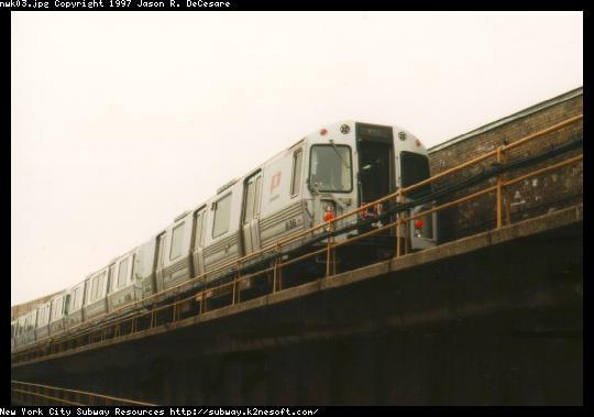 (26k, 540x379)<br><b>Country:</b> United States<br><b>City:</b> Newark, NJ<br><b>System:</b> PATH<br><b>Location:</b> Newark (Penn Station) <br><b>Car:</b> PATH PA-4 (Kawasaki, 1986)  836 <br><b>Photo by:</b> Jason R. DeCesare<br><b>Date:</b> 11/1996<br><b>Viewed (this week/total):</b> 1 / 4924