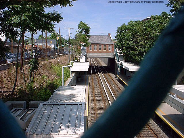 (99k, 640x480)<br><b>Country:</b> United States<br><b>City:</b> New York<br><b>System:</b> New York City Transit<br><b>Line:</b> SIRT<br><b>Location:</b> Grant City <br><b>Photo by:</b> Peggy Darlington<br><b>Date:</b> 6/2000<br><b>Viewed (this week/total):</b> 2 / 3901