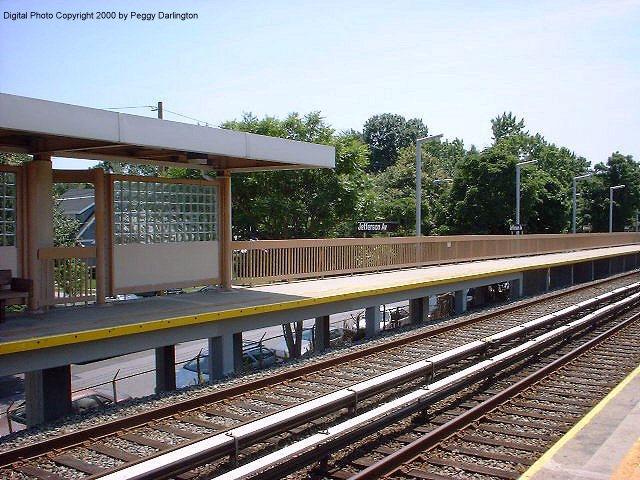 (101k, 640x480)<br><b>Country:</b> United States<br><b>City:</b> New York<br><b>System:</b> New York City Transit<br><b>Line:</b> SIRT<br><b>Location:</b> Jefferson Avenue <br><b>Photo by:</b> Peggy Darlington<br><b>Date:</b> 6/2000<br><b>Viewed (this week/total):</b> 0 / 3028