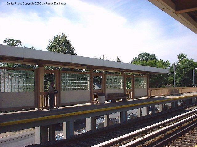(75k, 640x480)<br><b>Country:</b> United States<br><b>City:</b> New York<br><b>System:</b> New York City Transit<br><b>Line:</b> SIRT<br><b>Location:</b> Jefferson Avenue <br><b>Photo by:</b> Peggy Darlington<br><b>Date:</b> 6/2000<br><b>Viewed (this week/total):</b> 0 / 3223