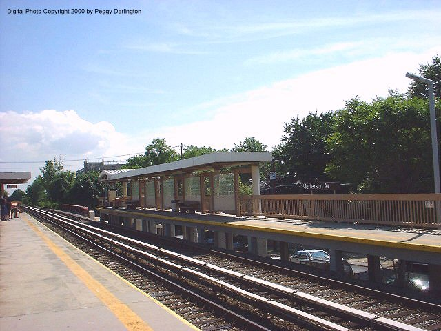(75k, 640x480)<br><b>Country:</b> United States<br><b>City:</b> New York<br><b>System:</b> New York City Transit<br><b>Line:</b> SIRT<br><b>Location:</b> Jefferson Avenue <br><b>Photo by:</b> Peggy Darlington<br><b>Date:</b> 6/2000<br><b>Viewed (this week/total):</b> 0 / 3102