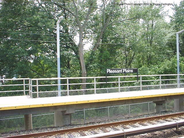 (126k, 640x480)<br><b>Country:</b> United States<br><b>City:</b> New York<br><b>System:</b> New York City Transit<br><b>Line:</b> SIRT<br><b>Location:</b> Pleasant Plains <br><b>Photo by:</b> Peggy Darlington<br><b>Date:</b> 6/2000<br><b>Viewed (this week/total):</b> 0 / 3102