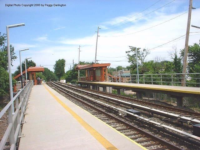 (87k, 640x480)<br><b>Country:</b> United States<br><b>City:</b> New York<br><b>System:</b> New York City Transit<br><b>Line:</b> SIRT<br><b>Location:</b> Pleasant Plains <br><b>Photo by:</b> Peggy Darlington<br><b>Date:</b> 6/2000<br><b>Viewed (this week/total):</b> 1 / 3240