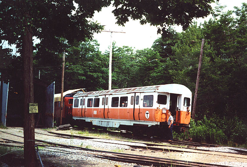 (149k, 831x561)<br><b>Country:</b> United States<br><b>City:</b> Kennebunk, ME<br><b>System:</b> Seashore Trolley Museum <br><b>Car:</b> MBTA 01100 Series (Pullman-Standard, 1957)   <br><b>Photo by:</b> Doug Diamond<br><b>Date:</b> 7/15/2000<br><b>Notes:</b> Boston Orange Line Subway car with RT Curator Bill Pollman<br><b>Viewed (this week/total):</b> 0 / 3884