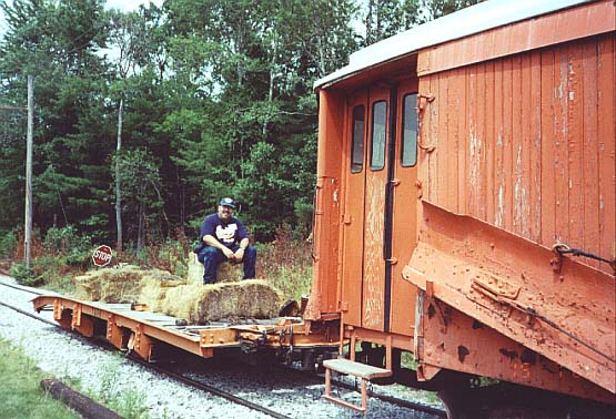 (67k, 555x378)<br><b>Country:</b> United States<br><b>City:</b> Kennebunk, ME<br><b>System:</b> Seashore Trolley Museum <br><b>Photo by:</b> Thurston Clark<br><b>Date:</b> 7/15/2000<br><b>Notes:</b> Former Boston El Type 3 series car, mfg. in 1908 by St. Louis Car Co. and reworked into a series 5000 Snow Plow with trailer<br><b>Viewed (this week/total):</b> 0 / 2440
