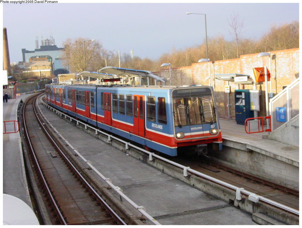 (180k, 1044x788)<br><b>Country:</b> United Kingdom<br><b>City:</b> London<br><b>System:</b> Docklands Light Railway<br><b>Location:</b> Mudchute <br><b>Car:</b> DLR B92 (Bombardier, 1993-95)  87 <br><b>Photo by:</b> David Pirmann<br><b>Date:</b> 3/3/2003<br><b>Viewed (this week/total):</b> 0 / 2030