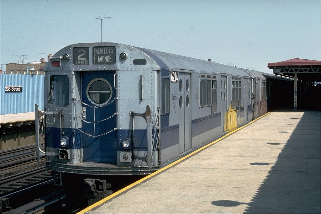 (197k, 1024x682)<br><b>Country:</b> United States<br><b>City:</b> New York<br><b>System:</b> New York City Transit<br><b>Line:</b> IRT White Plains Road Line<br><b>Location:</b> 233rd Street <br><b>Route:</b> 2<br><b>Car:</b> R-15 (American Car & Foundry, 1950) 6214 <br><b>Photo by:</b> Doug Grotjahn<br><b>Collection of:</b> Joe Testagrose<br><b>Date:</b> 4/17/1976<br><b>Viewed (this week/total):</b> 3 / 4136