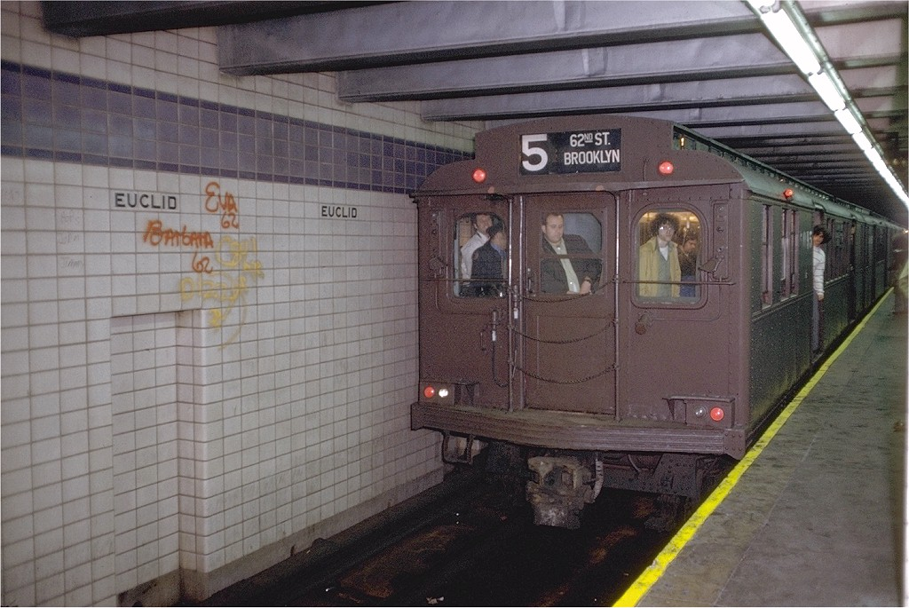 (201k, 1024x685)<br><b>Country:</b> United States<br><b>City:</b> New York<br><b>System:</b> New York City Transit<br><b>Line:</b> IND Fulton Street Line<br><b>Location:</b> Euclid Avenue <br><b>Route:</b> Fan Trip<br><b>Car:</b> BMT D-Type Triplex 6095 <br><b>Photo by:</b> Doug Grotjahn<br><b>Collection of:</b> Joe Testagrose<br><b>Date:</b> 5/13/1973<br><b>Viewed (this week/total):</b> 34 / 4167