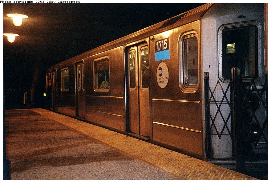 (125k, 880x596)<br><b>Country:</b> United States<br><b>City:</b> New York<br><b>System:</b> New York City Transit<br><b>Line:</b> IRT Flushing Line<br><b>Location:</b> 61st Street/Woodside <br><b>Route:</b> 7<br><b>Car:</b> R-62A (Bombardier, 1984-1987)  1715 <br><b>Photo by:</b> Gary Chatterton<br><b>Date:</b> 1/2003<br><b>Viewed (this week/total):</b> 0 / 2379