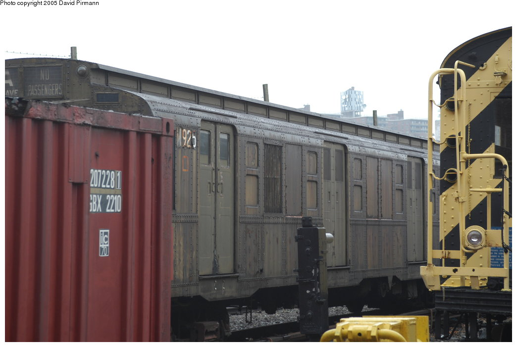 (158k, 1044x701)<br><b>Country:</b> United States<br><b>City:</b> New York<br><b>System:</b> New York City Transit<br><b>Location:</b> Coney Island Yard-Museum Yard<br><b>Car:</b> R-6-3 (American Car & Foundry, 1935)  925 <br><b>Photo by:</b> David Pirmann<br><b>Date:</b> 4/5/2003<br><b>Viewed (this week/total):</b> 1 / 4227