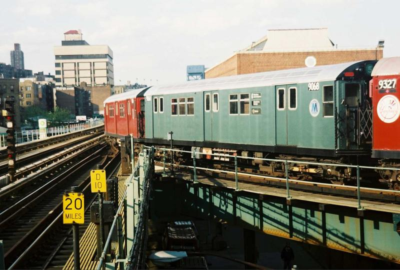(77k, 800x540)<br><b>Country:</b> United States<br><b>City:</b> New York<br><b>System:</b> New York City Transit<br><b>Location:</b> 207th Street Yard<br><b>Route:</b> Fan Trip<br><b>Car:</b> R-33 Main Line (St. Louis, 1962-63) 9068 <br><b>Photo by:</b> Gary Chatterton<br><b>Date:</b> 5/1/2005<br><b>Viewed (this week/total):</b> 0 / 2769