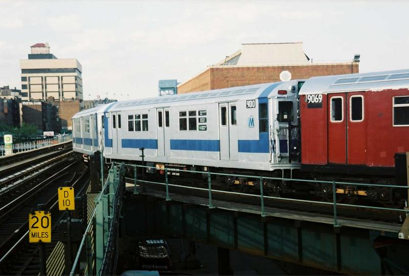 (59k, 800x540)<br><b>Country:</b> United States<br><b>City:</b> New York<br><b>System:</b> New York City Transit<br><b>Location:</b> 207th Street Yard<br><b>Route:</b> Fan Trip<br><b>Car:</b> R-33 Main Line (St. Louis, 1962-63) 9010 <br><b>Photo by:</b> Gary Chatterton<br><b>Date:</b> 5/1/2005<br><b>Viewed (this week/total):</b> 2 / 1962