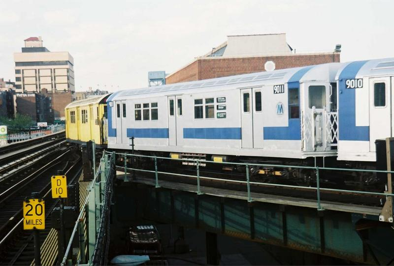 (60k, 800x540)<br><b>Country:</b> United States<br><b>City:</b> New York<br><b>System:</b> New York City Transit<br><b>Location:</b> 207th Street Yard<br><b>Route:</b> Fan Trip<br><b>Car:</b> R-33 Main Line (St. Louis, 1962-63) 9011 <br><b>Photo by:</b> Gary Chatterton<br><b>Date:</b> 5/1/2005<br><b>Viewed (this week/total):</b> 2 / 2101