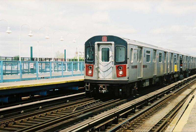 (73k, 800x540)<br><b>Country:</b> United States<br><b>City:</b> New York<br><b>System:</b> New York City Transit<br><b>Line:</b> IRT White Plains Road Line<br><b>Location:</b> 238th Street (Nereid Avenue) <br><b>Route:</b> 2<br><b>Car:</b> R-142 (Primary Order, Bombardier, 1999-2002)  6585 <br><b>Photo by:</b> Gary Chatterton<br><b>Date:</b> 5/1/2005<br><b>Viewed (this week/total):</b> 2 / 3516