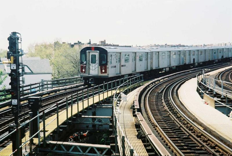 (88k, 800x540)<br><b>Country:</b> United States<br><b>City:</b> New York<br><b>System:</b> New York City Transit<br><b>Line:</b> IRT White Plains Road Line<br><b>Location:</b> East 180th Street <br><b>Route:</b> 2<br><b>Car:</b> R-142 (Primary Order, Bombardier, 1999-2002)  6400 <br><b>Photo by:</b> Gary Chatterton<br><b>Date:</b> 5/1/2005<br><b>Viewed (this week/total):</b> 4 / 3090
