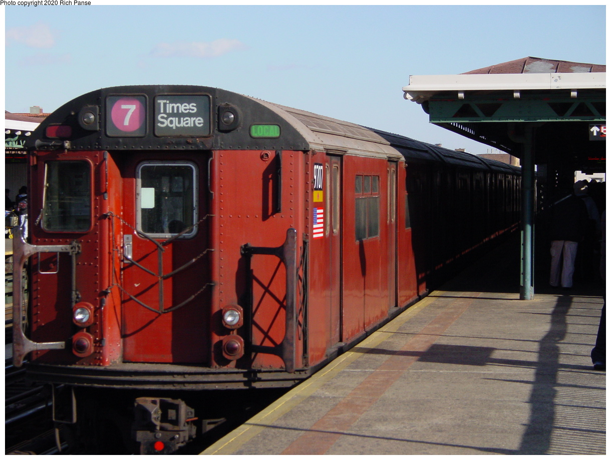 (69k, 820x620)<br><b>Country:</b> United States<br><b>City:</b> New York<br><b>System:</b> New York City Transit<br><b>Line:</b> IRT Flushing Line<br><b>Location:</b> 82nd Street/Jackson Heights <br><b>Route:</b> 7<br><b>Car:</b> R-36 World's Fair (St. Louis, 1963-64) 9707 <br><b>Photo by:</b> Richard Panse<br><b>Date:</b> 1/20/2003<br><b>Viewed (this week/total):</b> 0 / 3171