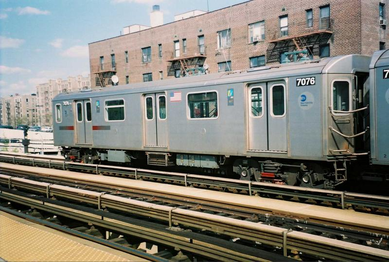 (90k, 800x540)<br><b>Country:</b> United States<br><b>City:</b> New York<br><b>System:</b> New York City Transit<br><b>Line:</b> IRT Woodlawn Line<br><b>Location:</b> 161st Street/River Avenue (Yankee Stadium) <br><b>Route:</b> 4<br><b>Car:</b> R-142 (Option Order, Bombardier, 2002-2003)  7076 <br><b>Photo by:</b> Gary Chatterton<br><b>Date:</b> 5/1/2005<br><b>Viewed (this week/total):</b> 0 / 3550