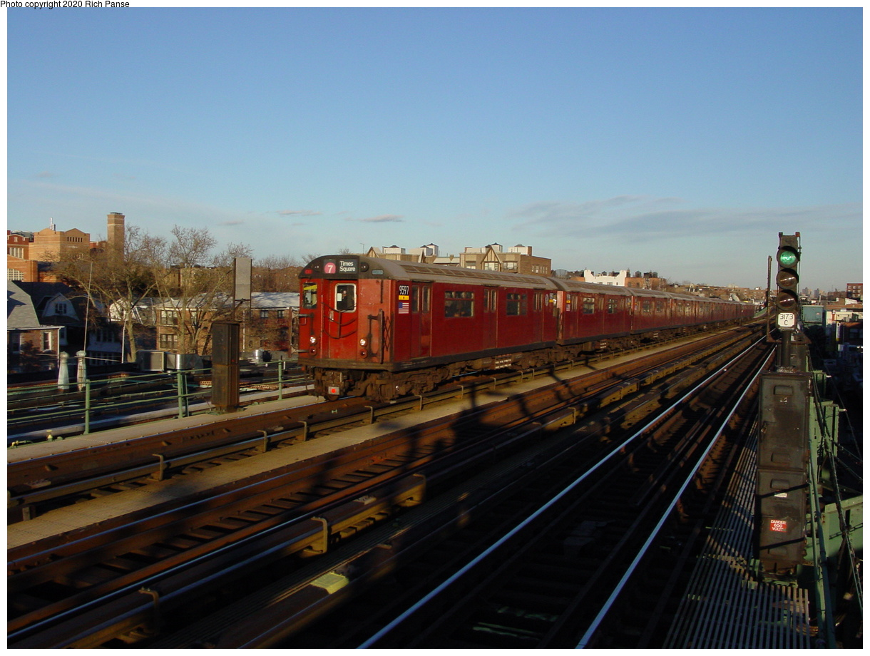 (69k, 820x620)<br><b>Country:</b> United States<br><b>City:</b> New York<br><b>System:</b> New York City Transit<br><b>Line:</b> IRT Flushing Line<br><b>Location:</b> 74th Street/Broadway <br><b>Route:</b> 7<br><b>Car:</b> R-36 World's Fair (St. Louis, 1963-64) 9597 <br><b>Photo by:</b> Richard Panse<br><b>Date:</b> 2/5/2003<br><b>Viewed (this week/total):</b> 1 / 4180
