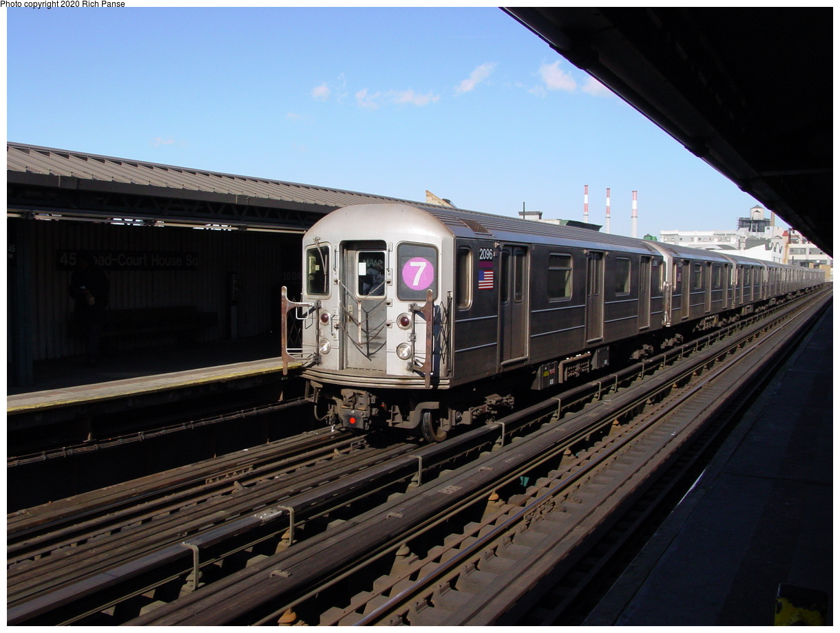 (73k, 820x620)<br><b>Country:</b> United States<br><b>City:</b> New York<br><b>System:</b> New York City Transit<br><b>Line:</b> IRT Flushing Line<br><b>Location:</b> Court House Square/45th Road <br><b>Route:</b> 7<br><b>Car:</b> R-62A (Bombardier, 1984-1987)  2096 <br><b>Photo by:</b> Richard Panse<br><b>Date:</b> 1/20/2003<br><b>Viewed (this week/total):</b> 3 / 2339