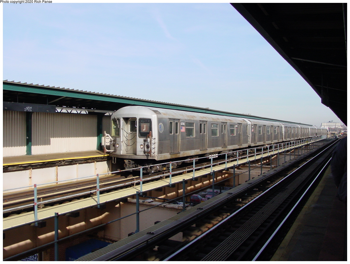 (73k, 820x620)<br><b>Country:</b> United States<br><b>City:</b> New York<br><b>System:</b> New York City Transit<br><b>Line:</b> BMT Nassau Street/Jamaica Line<br><b>Location:</b> 121st Street <br><b>Route:</b> J<br><b>Car:</b> R-42 (St. Louis, 1969-1970)  4745 <br><b>Photo by:</b> Richard Panse<br><b>Date:</b> 2/3/2003<br><b>Viewed (this week/total):</b> 1 / 3669